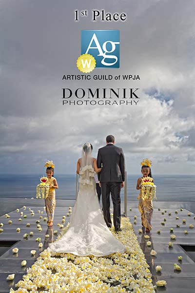award winning wedding photographer in Bali