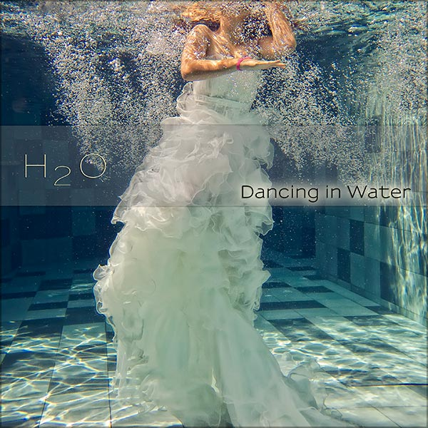 Underwater Pre-Wedding & Fashion Photography in Bali