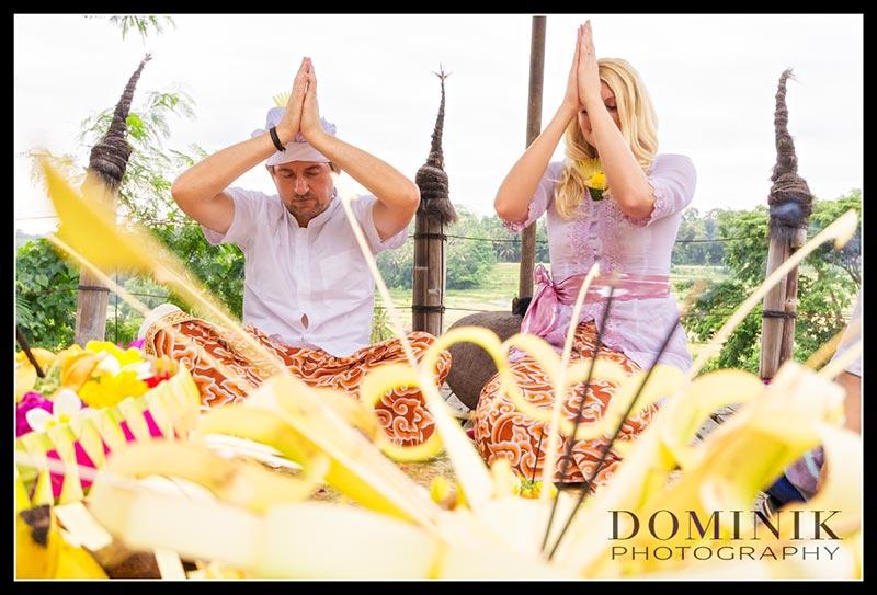 Bali Brauchtums Hochzeit