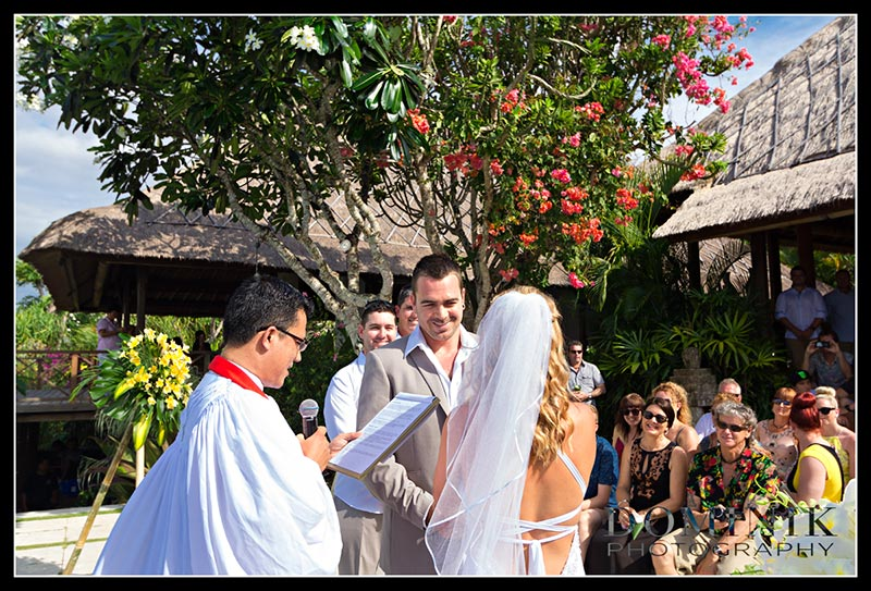 Bali villa wedding photographer