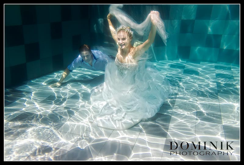 0009-Underwater wedding photographer