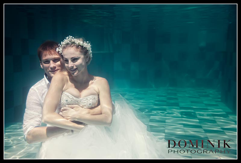 0012-Underwater wedding photographer