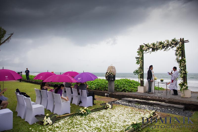 wedding in rain11